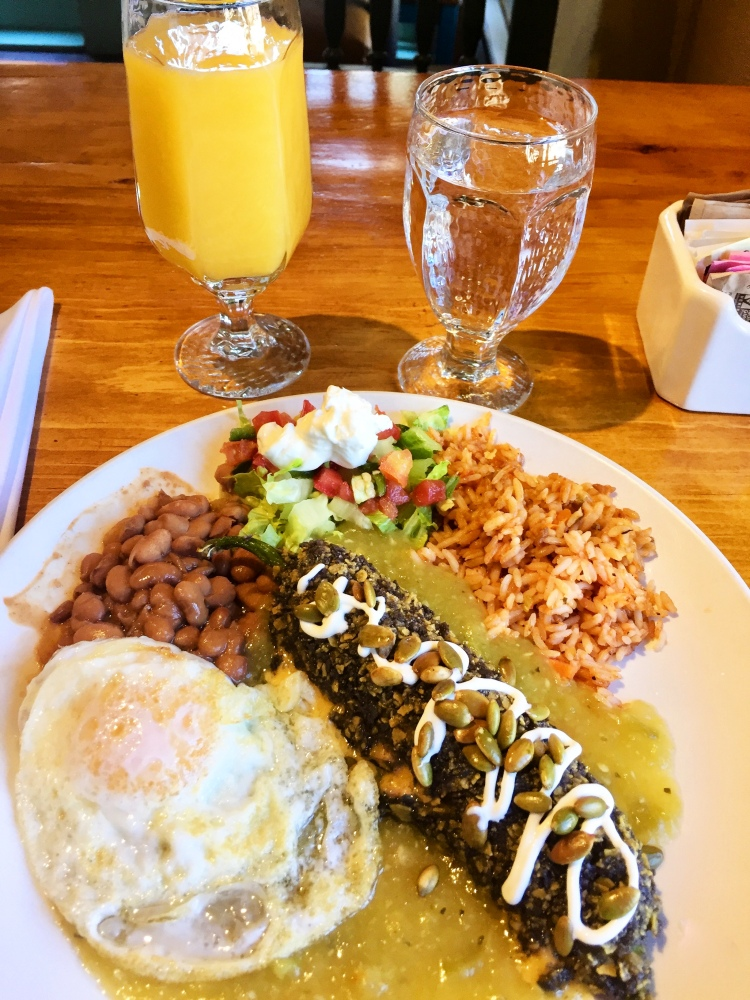"""Doc's Chile Relleno & Egg Plate"", Doc Martin's Restaurant, Taos, New Mexico, USA © 2018 ericarobbin.com 